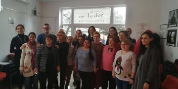 """400 de femei participa la cursuri gratuite de folosire a calculatorului,  prin proiectul """"Digital Center"""""""